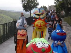 Els capgrossos de Copons a la festa major de Rubió